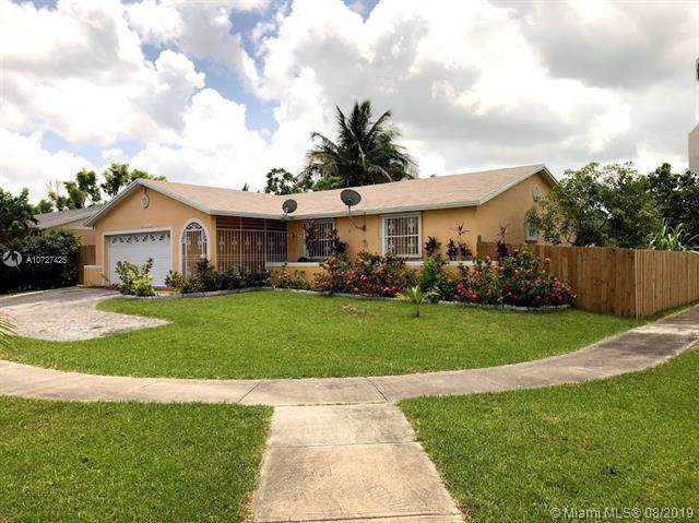 25838 SW 132nd Ave, Homestead, FL 33032 (MLS #A10727425) :: The Erice Group