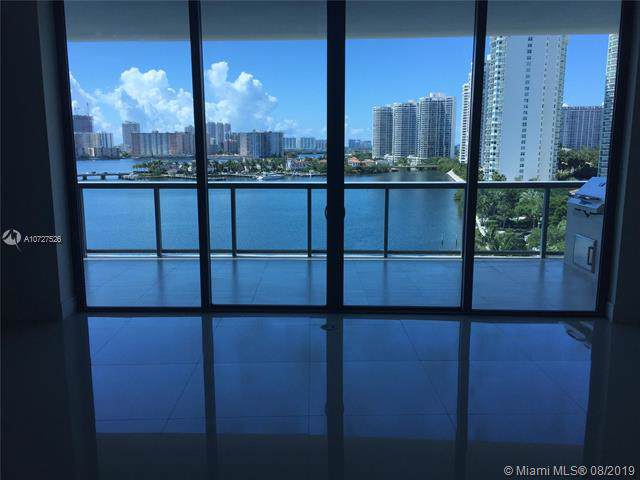3300 NE 188th St #812, Aventura, FL 33180 (MLS #A10727526) :: The TopBrickellRealtor.com Group