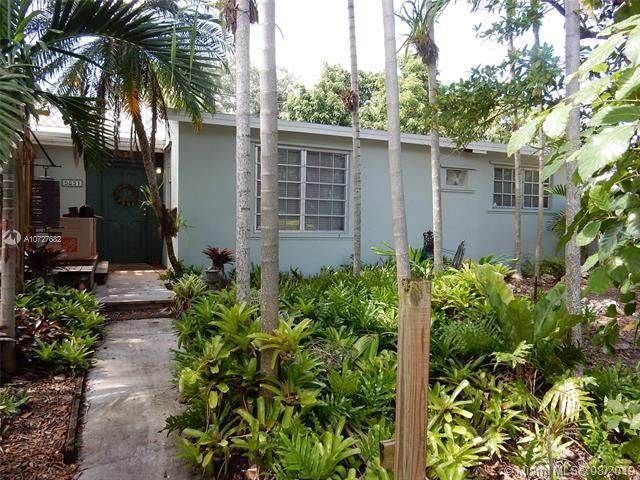 9851 Dominican Dr, Cutler Bay, FL 33189 (MLS #A10727682) :: Berkshire Hathaway HomeServices EWM Realty