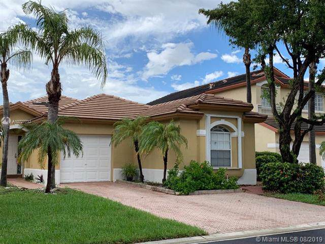 3070 NW 99th Ct, Doral, FL 33172 (MLS #A10727712) :: The Teri Arbogast Team at Keller Williams Partners SW