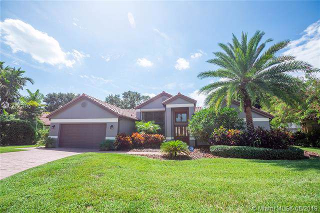3230 Rosewood Ct, Davie, FL 33328 (MLS #A10727718) :: The Riley Smith Group