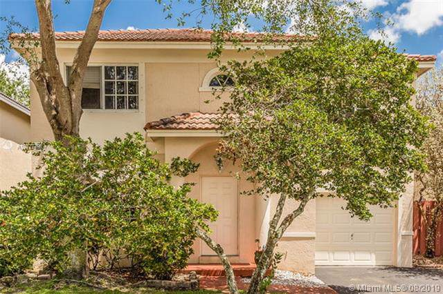 40 NW 110th Ave, Plantation, FL 33324 (MLS #A10727793) :: The Teri Arbogast Team at Keller Williams Partners SW