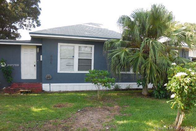 606 NW 4th St, Homestead, FL 33030 (MLS #A10727838) :: The Teri Arbogast Team at Keller Williams Partners SW