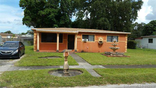 16815 NW 25th Ave, Miami Gardens, FL 33056 (MLS #A10727953) :: The Kurz Team