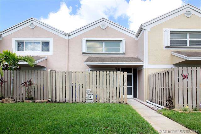 1360 NW 122nd Ter, Pembroke Pines, FL 33026 (MLS #A10728096) :: RE/MAX Presidential Real Estate Group