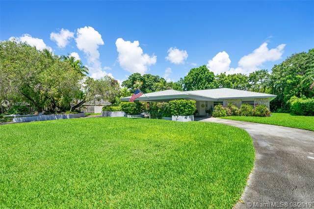 7663 SW 170th St, Palmetto Bay, FL 33157 (MLS #A10728284) :: The Maria Murdock Group