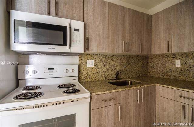 802 NW 6th Ave, Hallandale Beach, FL 33009 (MLS #A10728583) :: Berkshire Hathaway HomeServices EWM Realty