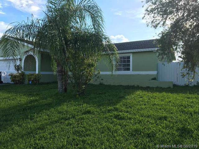 26524 SW 122nd Pl, Homestead, FL 33032 (MLS #A10728593) :: The Riley Smith Group