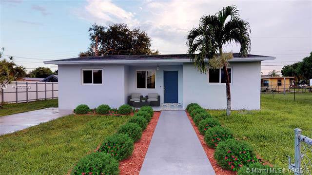 2930 NW 164th Ter, Miami Gardens, FL 33054 (MLS #A10728700) :: Berkshire Hathaway HomeServices EWM Realty