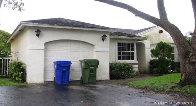 11951 NW 12th St, Pembroke Pines, FL 33026 (MLS #A10728761) :: Castelli Real Estate Services