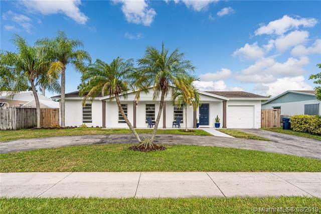 17902 SW 89th Ct, Palmetto Bay, FL 33157 (MLS #A10728763) :: Berkshire Hathaway HomeServices EWM Realty