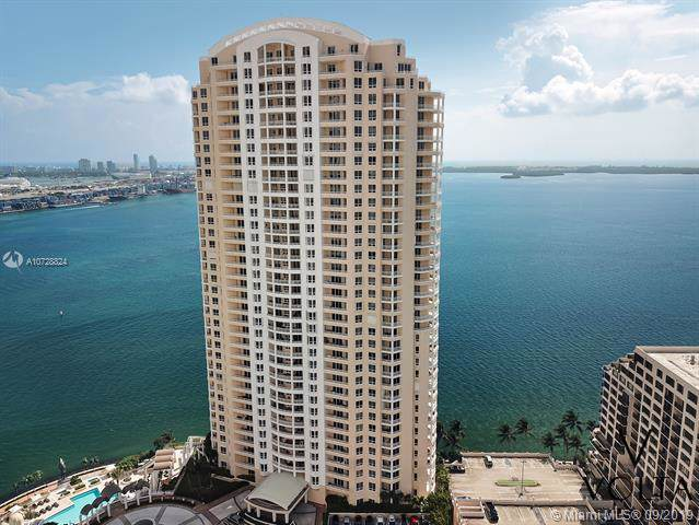 808 E Brickell Key Dr #406, Miami, FL 33131 (MLS #A10728824) :: The Teri Arbogast Team at Keller Williams Partners SW