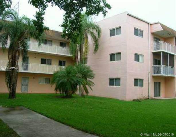 11301 SW 200 ST 301-A, Miami, FL 33157 (MLS #A10728848) :: Berkshire Hathaway HomeServices EWM Realty