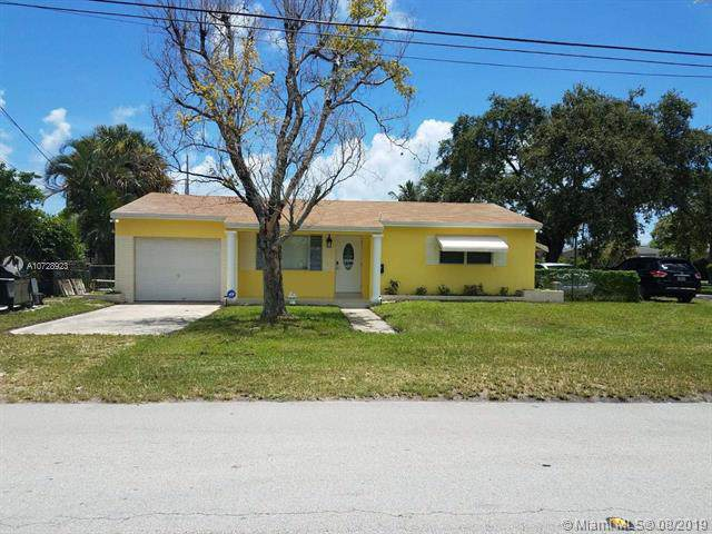 1801 N 22nd Ave, Hollywood, FL 33020 (MLS #A10728923) :: The Paiz Group