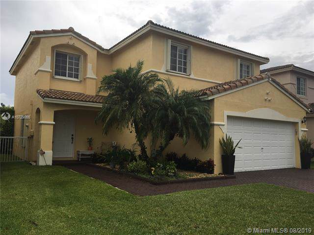 4272 SW 133 LN, Miramar, FL 33027 (MLS #A10729066) :: RE/MAX Presidential Real Estate Group