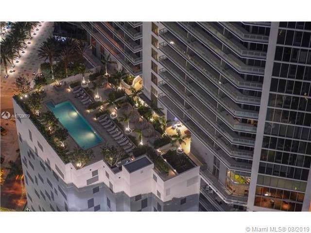 1300 Brickell Bay Dr #3007, Miami, FL 33131 (#A10729079) :: Dalton Wade