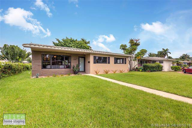 1443 Coolidge St, Hollywood, FL 33020 (MLS #A10729169) :: Green Realty Properties