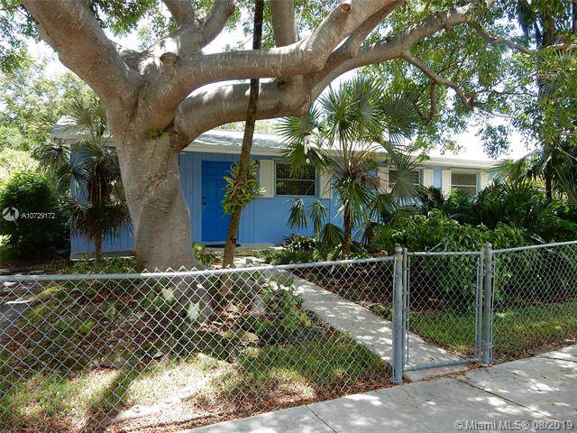 19901 Coral Sea Rd, Cutler Bay, FL 33157 (MLS #A10729172) :: Berkshire Hathaway HomeServices EWM Realty