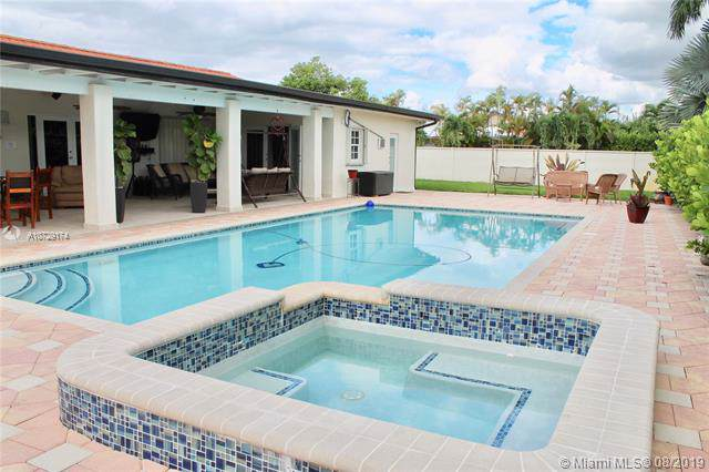 13471 SW 5th St, Miami, FL 33184 (MLS #A10729174) :: RE/MAX Presidential Real Estate Group