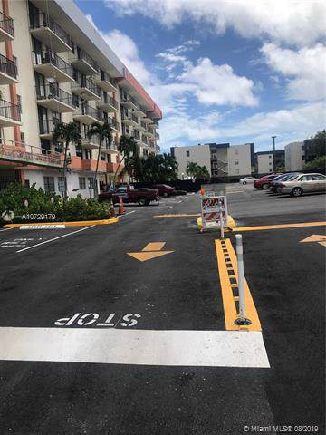 920 NE 169th St #207, North Miami Beach, FL 33162 (MLS #A10729179) :: RE/MAX Presidential Real Estate Group