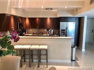 19370 Collins Ave #216, Sunny Isles Beach, FL 33160 (MLS #A10729228) :: Berkshire Hathaway HomeServices EWM Realty