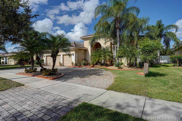 6273 SW 191st Ave, Pembroke Pines, FL 33332 (MLS #A10729233) :: Ray De Leon with One Sotheby's International Realty