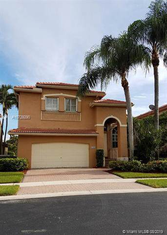 15650 SW 16 CT, Pembroke Pines, FL 33027 (MLS #A10729290) :: United Realty Group