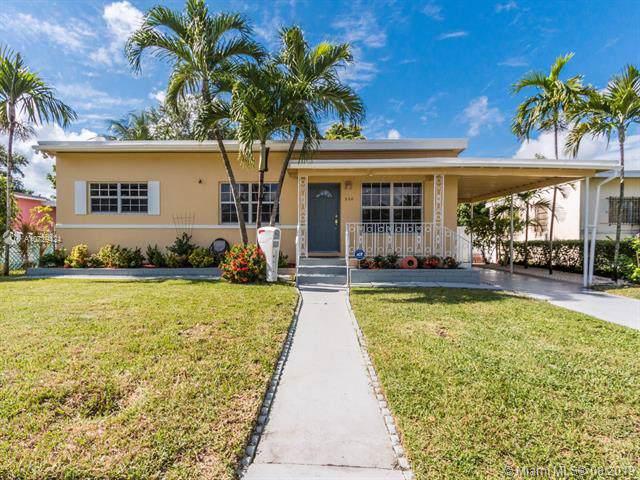 960 NE 146th St, North Miami, FL 33161 (MLS #A10729424) :: United Realty Group