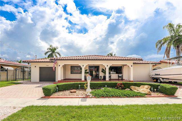 7265 W 14th Ave, Hialeah, FL 33014 (MLS #A10729523) :: The Riley Smith Group