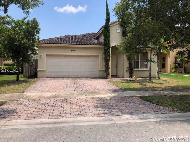 23833 SW 108th Ct, Homestead, FL 33032 (MLS #A10729529) :: The Riley Smith Group