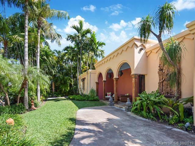 365 Harbor Ct, Key Biscayne, FL 33149 (MLS #A10729750) :: Grove Properties