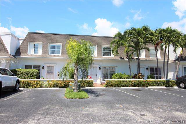 947 NE 26th Ave #947, Hallandale, FL 33009 (MLS #A10730401) :: RE/MAX Presidential Real Estate Group