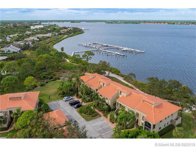 2526 NW Seagrass Dr 2-5, Palm City, FL 34990 (MLS #A10731278) :: The Kurz Team