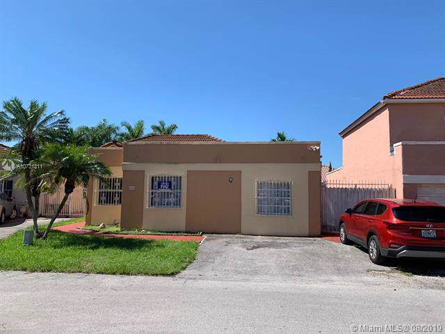 645 NW 123 AVE, Miami, FL 33182 (MLS #A10731311) :: Ray De Leon with One Sotheby's International Realty