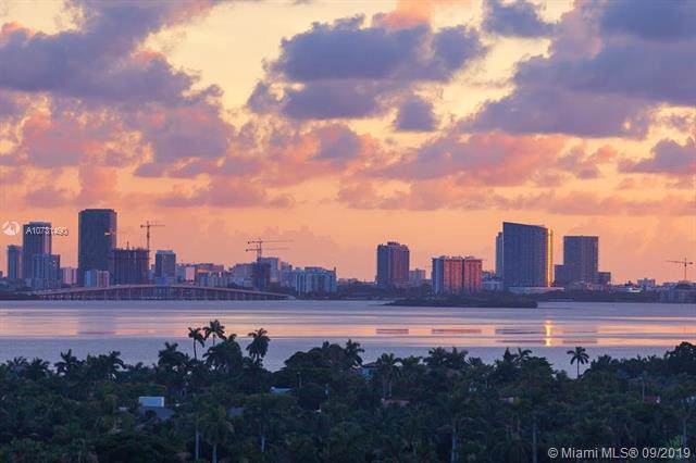 6039 Collins Ave #1530, Miami Beach, FL 33140 (MLS #A10731490) :: The Teri Arbogast Team at Keller Williams Partners SW