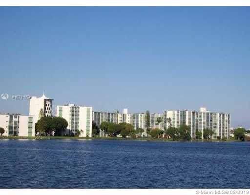 1660 NE 191st St 400-1, Miami, FL 33179 (MLS #A10731659) :: Lucido Global