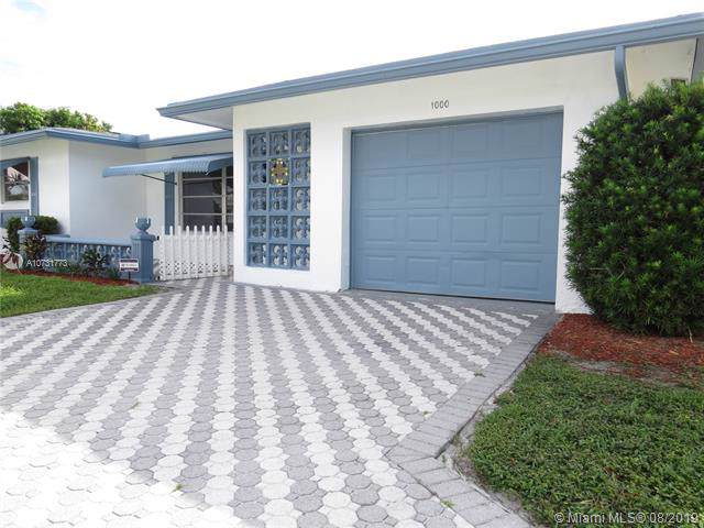 1000 NW 68th Ter, Margate, FL 33063 (MLS #A10731773) :: Ray De Leon with One Sotheby's International Realty