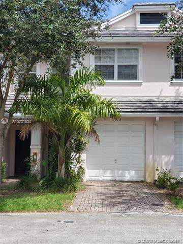 3095 NW 30th Place #1, Oakland Park, FL 33311 (MLS #A10731834) :: Ray De Leon with One Sotheby's International Realty