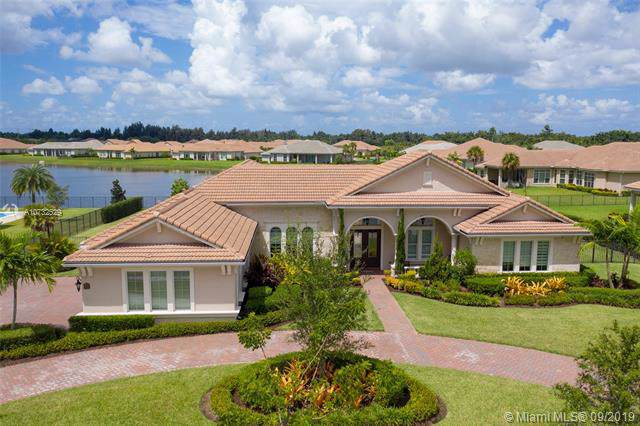 4895 E Sterling Ranch Cir, Davie, FL 33314 (MLS #A10732529) :: The Kurz Team