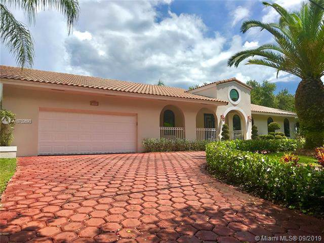 1541 Lugo Ave, Coral Gables, FL 33156 (MLS #A10732693) :: The Riley Smith Group