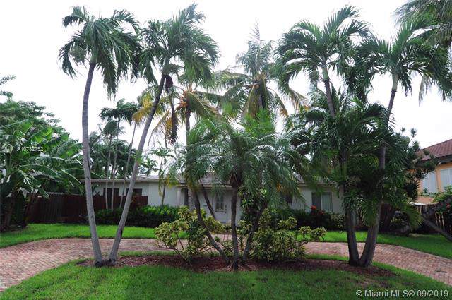 445 Allendale Rd, Key Biscayne, FL 33149 (MLS #A10732752) :: Ray De Leon with One Sotheby's International Realty