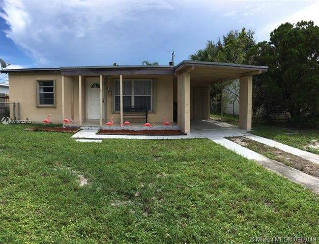 110 NE 56th St, Oakland Park, FL 33334 (MLS #A10732753) :: Ray De Leon with One Sotheby's International Realty