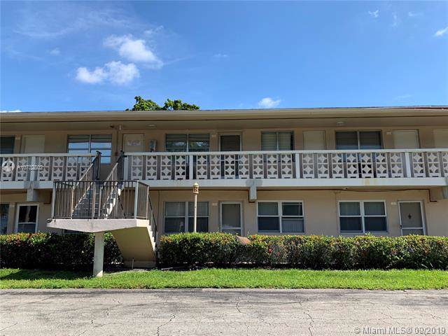 6851 Cypress Rd #12, Plantation, FL 33317 (MLS #A10732802) :: Ray De Leon with One Sotheby's International Realty