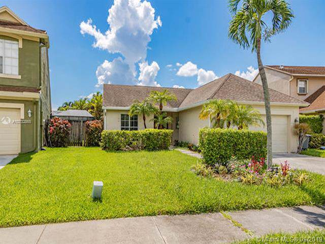 22552 Middletown Dr, Boca Raton, FL 33428 (MLS #A10732865) :: Ray De Leon with One Sotheby's International Realty