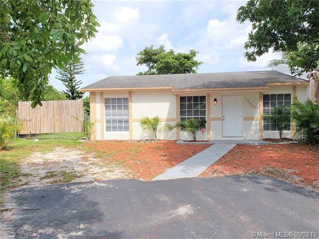 19493 NW 28th Ct, Miami Gardens, FL 33056 (#A10733146) :: Dalton Wade
