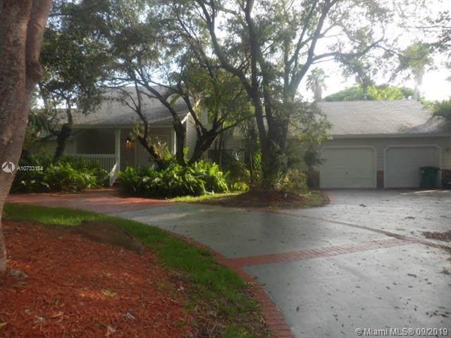 14853 SW 148th St Cir, Miami, FL 33196 (MLS #A10733154) :: Laurie Finkelstein Reader Team