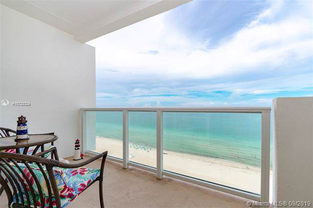 5601 Collins Ave #1703, Miami Beach, FL 33140 (MLS #A10733324) :: The Teri Arbogast Team at Keller Williams Partners SW