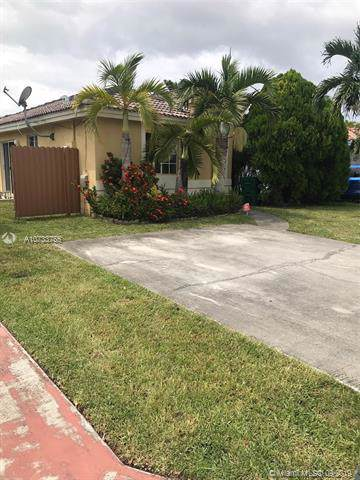 13986 SW 151st Ct, Miami, FL 33196 (MLS #A10733755) :: Laurie Finkelstein Reader Team