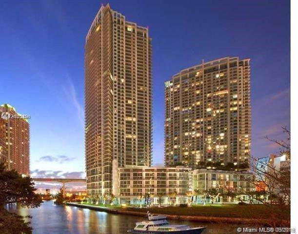92 SW 3rd St #3908, Miami, FL 33130 (MLS #A10734046) :: The Riley Smith Group