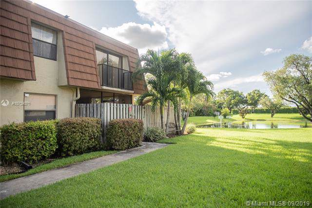 9447 NW 48th St A, Sunrise, FL 33351 (MLS #A10734071) :: Castelli Real Estate Services
